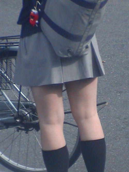 【盗撮画像】テンション上がる女子高生のエロイ生足画像まとめ 39枚 No.32