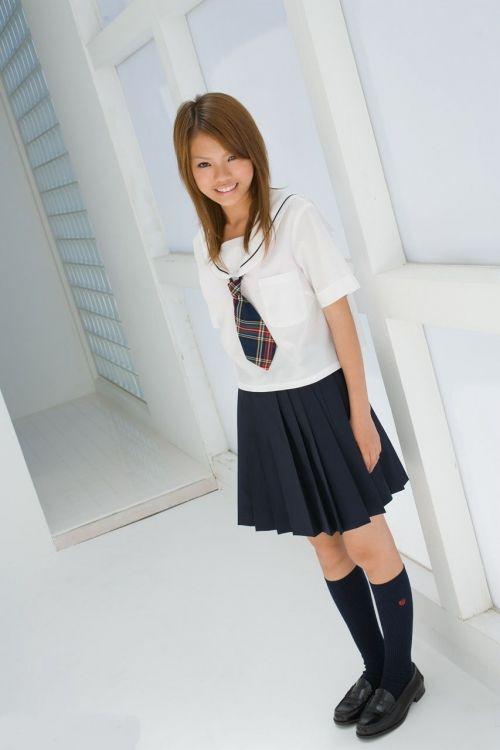 【画像】 モデル並にかわいい女子高生がミニスカでムチムチでパンチラ 36枚 No.24