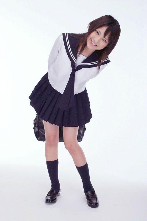 【画像】 モデル並にかわいい女子高生がミニスカでムチムチでパンチラ 36枚 No.29