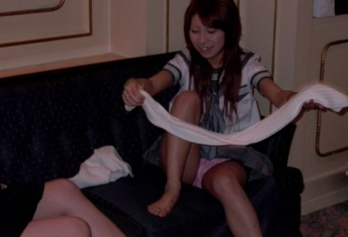 【エロ画像】女子高生がくぱぁとM字開脚を見せつけてるくんだが(笑) 38枚 No.20