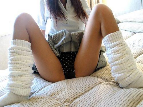 【エロ画像】女子高生がくぱぁとM字開脚を見せつけてるくんだが(笑) 38枚 No.26