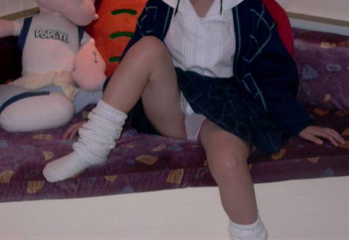 【エロ画像】女子高生がくぱぁとM字開脚を見せつけてるくんだが(笑) 38枚 No.27