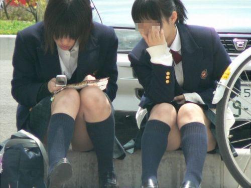 女子高生のパンチラ・ミニスカ・生足を盗撮したエロ画像まとめ 40枚 No.1