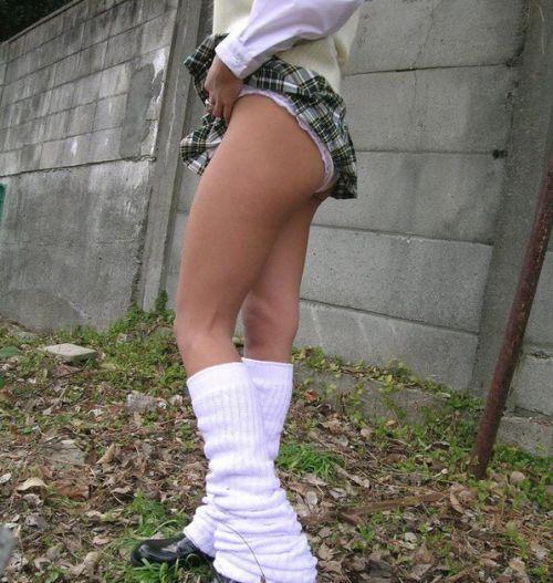 女子高生のパンチラ・ミニスカ・生足を盗撮したエロ画像まとめ 40枚 No.9