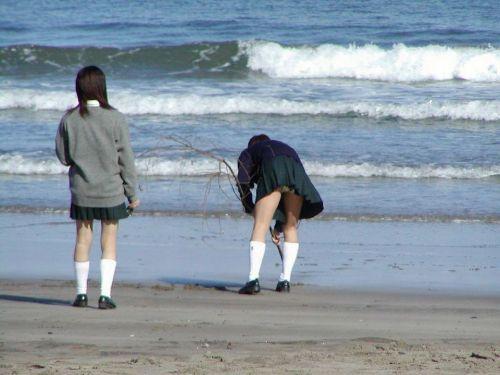 女子高生のパンチラ・ミニスカ・生足を盗撮したエロ画像まとめ 40枚 No.29