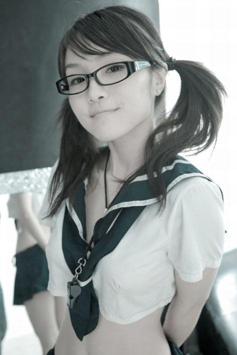 【エロ画像】メガネを掛けただけで20%は可愛くなるという事実! 36枚 No.20