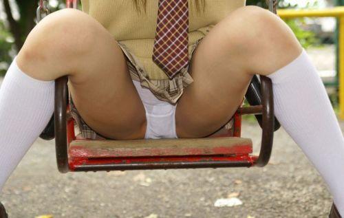【エロ画像】 女子高生がくぱぁとM字開脚見せつけてくるんだがwww 40枚 No.15