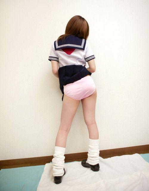 女子高生がミニスカからお尻が突き出してパンモロしてるエロ画像 38枚 No.31
