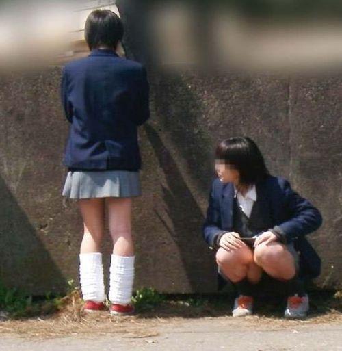 エロかわいい女子高生のパンチラ盗撮画像集めたったwww 37枚 No.18