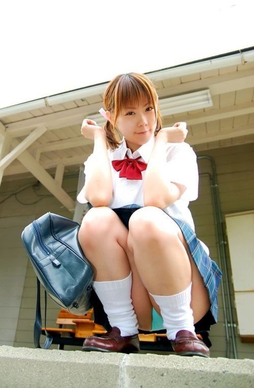 エロかわいい女子高生のパンチラ盗撮画像集めたったwww 37枚 No.34