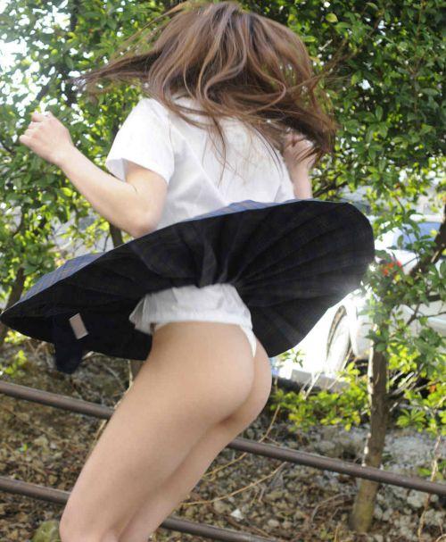 【エロ画像】 女子高生がお尻を丸見えになるほど付き出してきたんだがwww 38枚 No.4