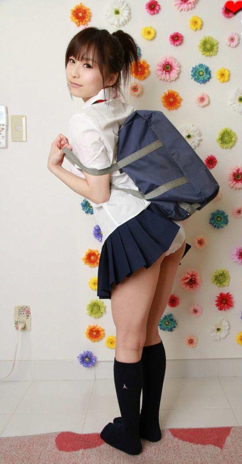 【エロ画像】 女子高生がお尻を丸見えになるほど付き出してきたんだがwww 38枚 No.17