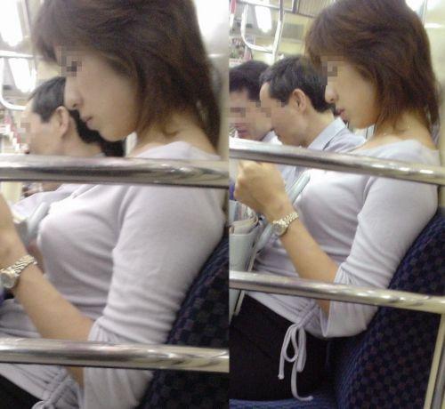 【素人画像】電車の扉の横は胸チラ盗撮天国だよなwww 36枚 No.21