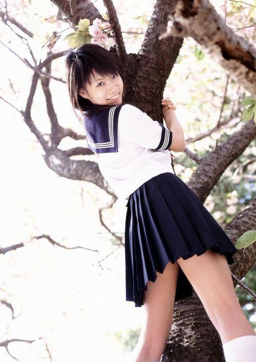 【画像】笑顏もスタイルもモデル級に可愛いJKをまとめ 38枚  No.11