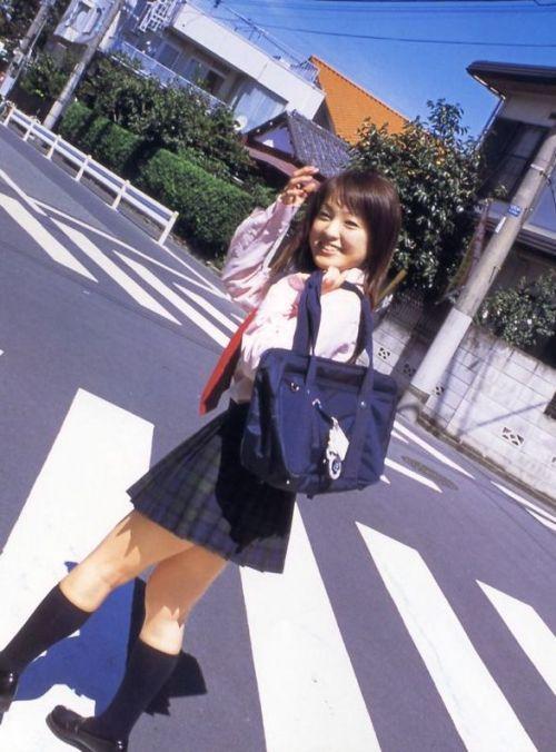 【画像】笑顏もスタイルもモデル級に可愛いJKをまとめ 38枚  No.31