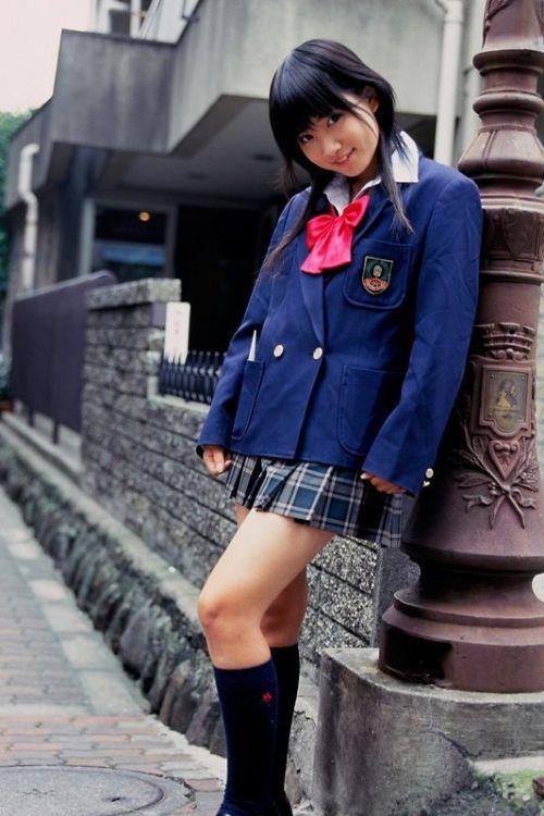 【画像】笑顏もスタイルもモデル級に可愛いJKをまとめ 38枚  No.37