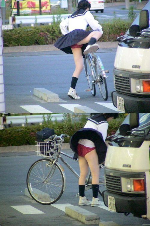 【盗撮】ミニスカからパンチラしちゃうJKの自転車通学エロ画像 43枚 No.34