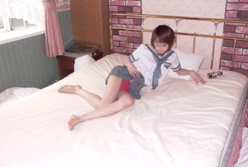 【エロ画像】 JKが見せつけるパンチラの初々しさがたまらんわww 39枚 No.4