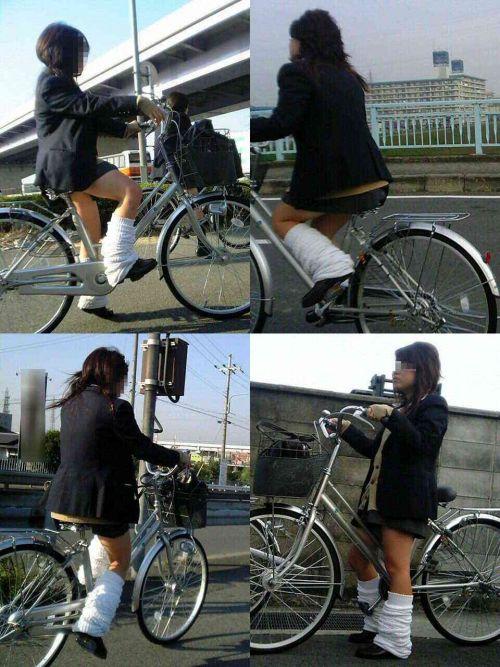 純白パンティも見えちゃうJKの自転車通学画像 41枚 No.13