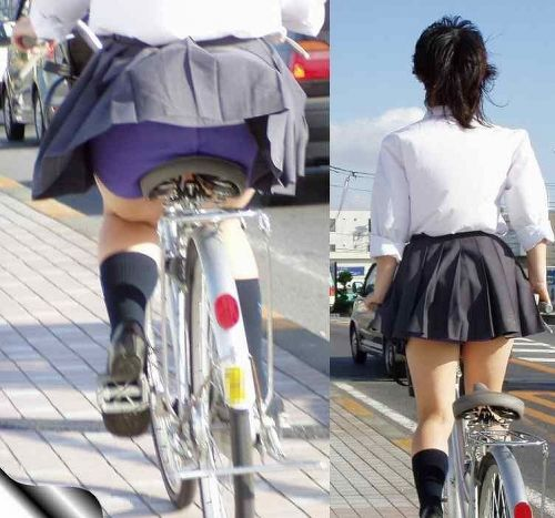 【盗撮画像】ミニスカJKが自転車通学すると当然パンチラしまくるよな 41枚 No.5