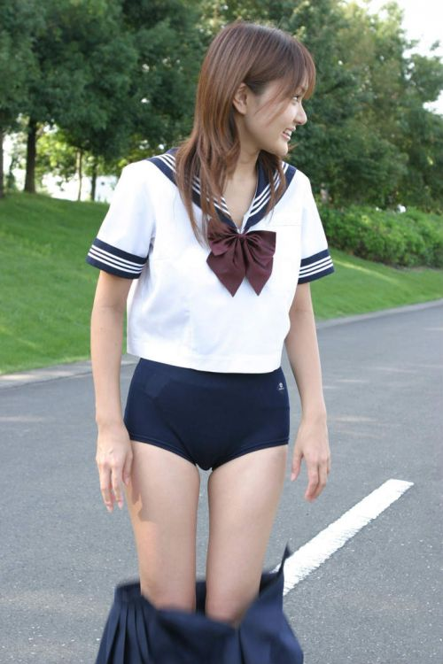 【JKエロ画像】ブルマは体操服というよりコスプレだろJK 39枚 No.18