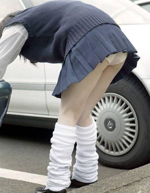パンティ履いてるからって女性器を全力で突き出してくるJK画像 36枚 No.34