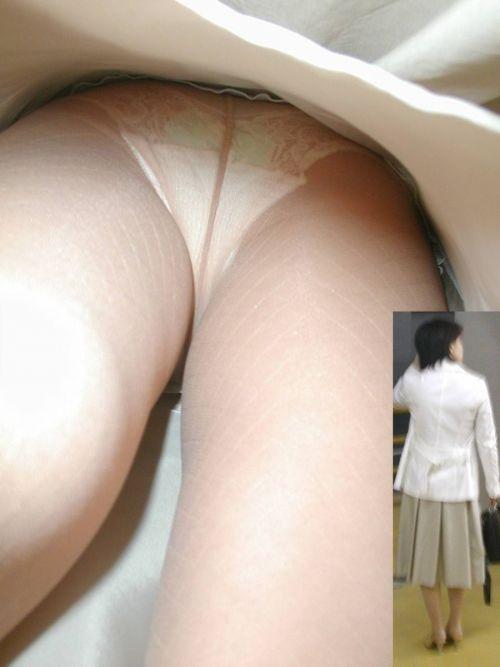 ムチムチ太もものOLお姉さんの逆さ撮り画像 37枚 No.36