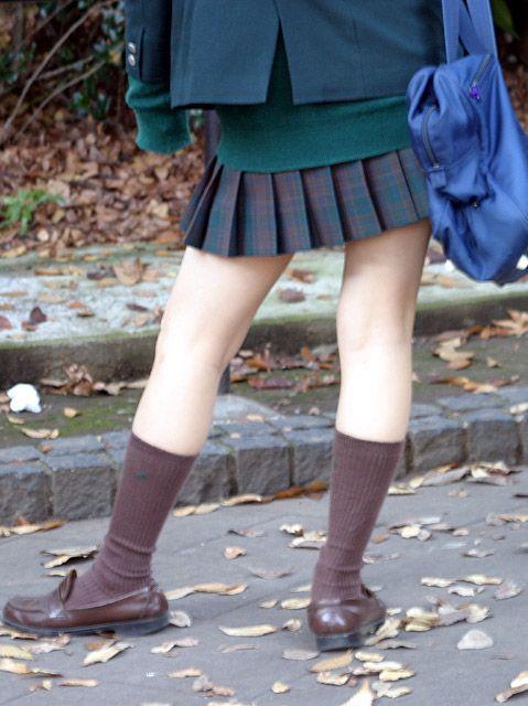 【盗撮画像】素足がスベスベでフレッシュなJKのナマ足エロ過ぎ! 39枚 No.13