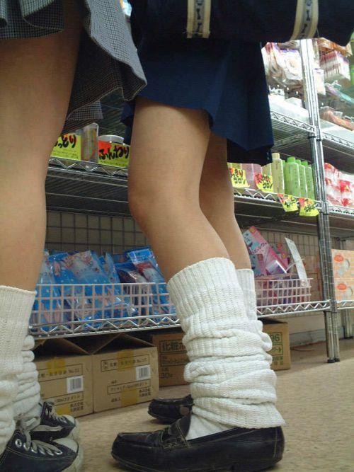 【盗撮画像】素足がスベスベでフレッシュなJKのナマ足エロ過ぎ! 39枚 No.24