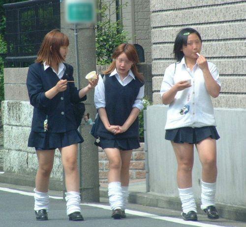 【盗撮画像】素足がスベスベでフレッシュなJKのナマ足エロ過ぎ! 39枚 No.28