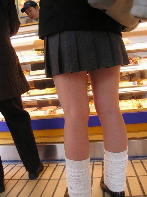 【盗撮画像】素足がスベスベでフレッシュなJKのナマ足エロ過ぎ! 39枚 No.32