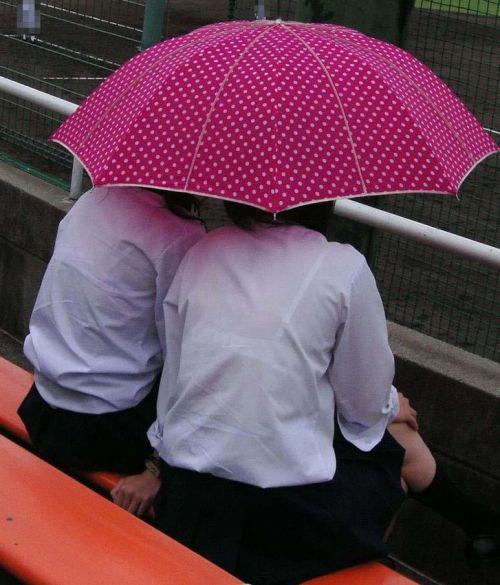 【画像】女子高生の透けたブラジャーの色が濃いとエロランジェリー状態 35枚 No.19