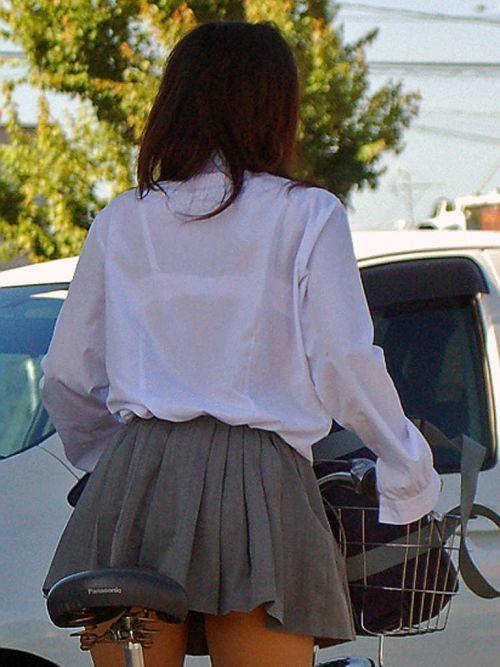 【画像】女子高生の透けたブラジャーの色が濃いとエロランジェリー状態 35枚 No.34