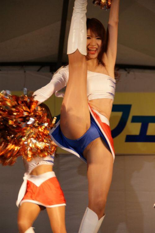 【勃起速報】チアガールって股間の魅せ方を争う競技だよな! 55枚 No.43