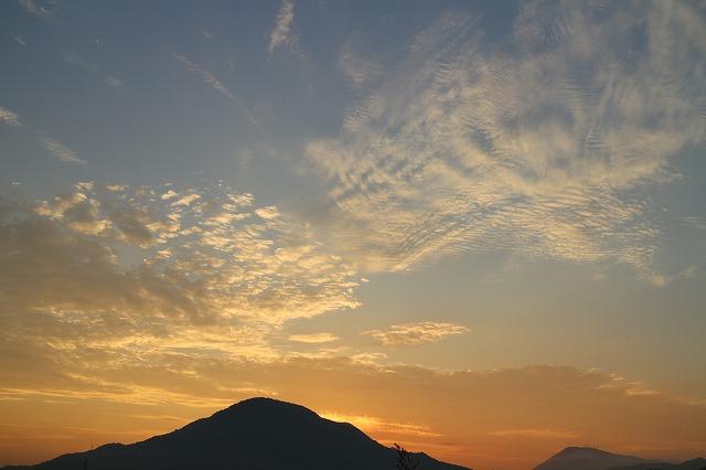 日の出前の空 ③ 27.8.28