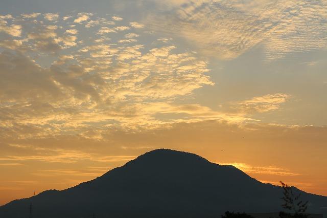 日の出少し前の空 ④ 27.8.28
