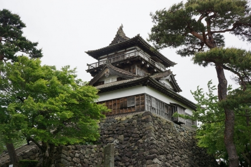 12丸岡城 (1200x800)