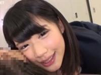 【ヘッドホン推奨】可愛いJKが耳元から囁き淫語手コキ!白咲碧