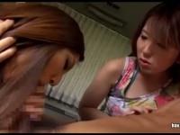 エロギャル痴女2人が車内で男を逆レ○プ天国!