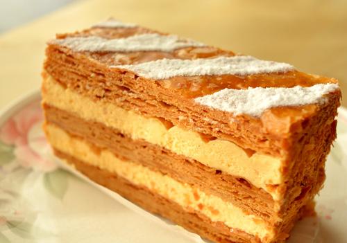 【ケーキ】アカシエ「ミルフィユ・トラディショナル」