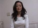 人妻熟女動画 : ご無沙汰素人熟女のセンズリ鑑賞