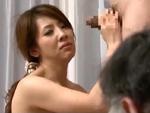 本日の人妻熟女動画 : 【素人】もう帰ってください!夫の前で中出しされちゃう人妻♪
