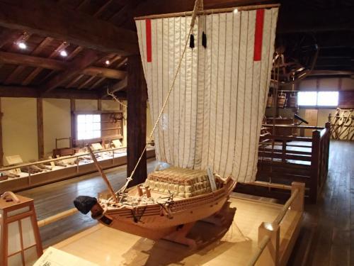 樽廻船「昔の酒蔵 沢の鶴資料館」展示模型