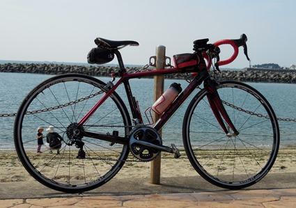 親子と自転車