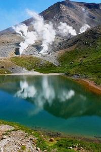 姿見の池と旭岳参考写真1