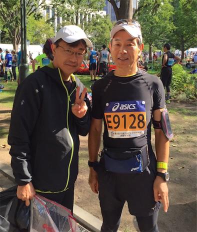北海道マラソン出発前(T先生と)