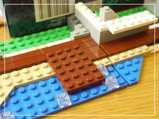LEGOBeachHut27.jpg