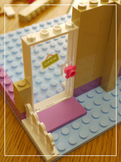 LEGOHeartlakeFoodMarket10.jpg