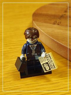 LEGOMinifigSeries14-05.jpg