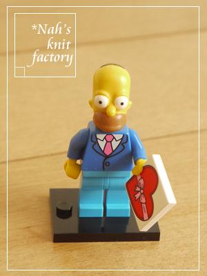 LEGOMinifigSimpsons02.jpg